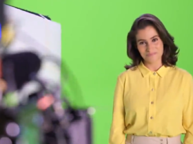 Renata Vasconcellos na gravação da vinheta de fim de ano da Globo (Foto: Reprodução)
